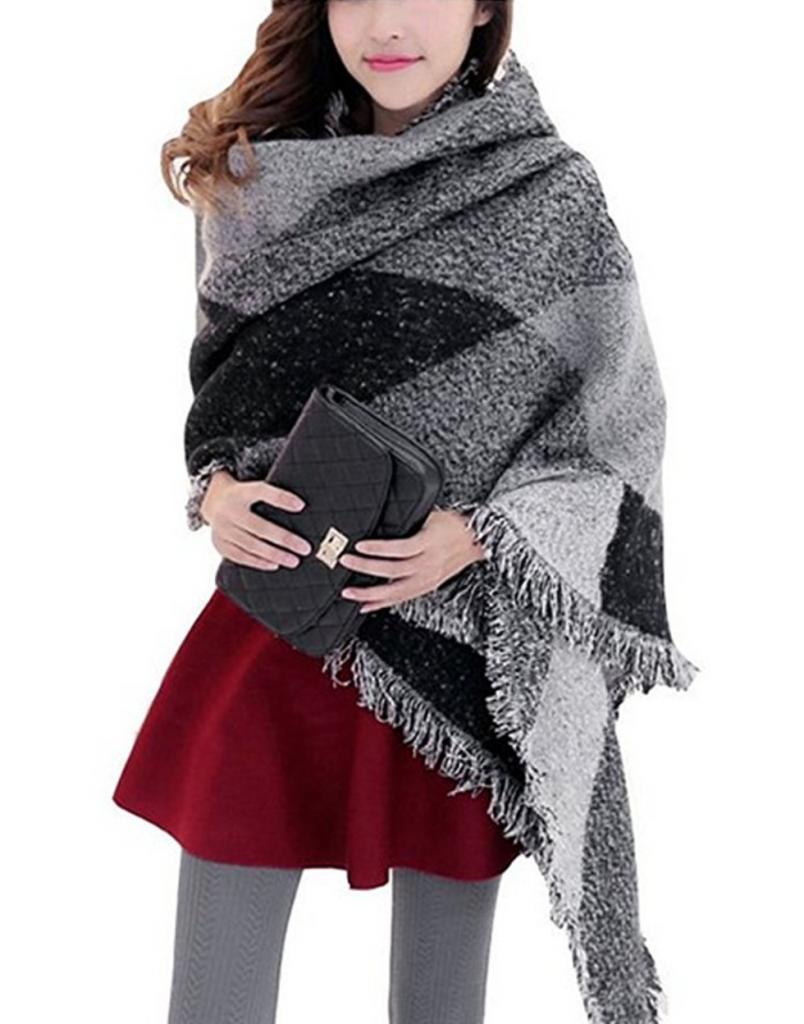 6b9257c1ff4 echarpe-oversize-grise-chaude. echarpe-grise-femme-foulard